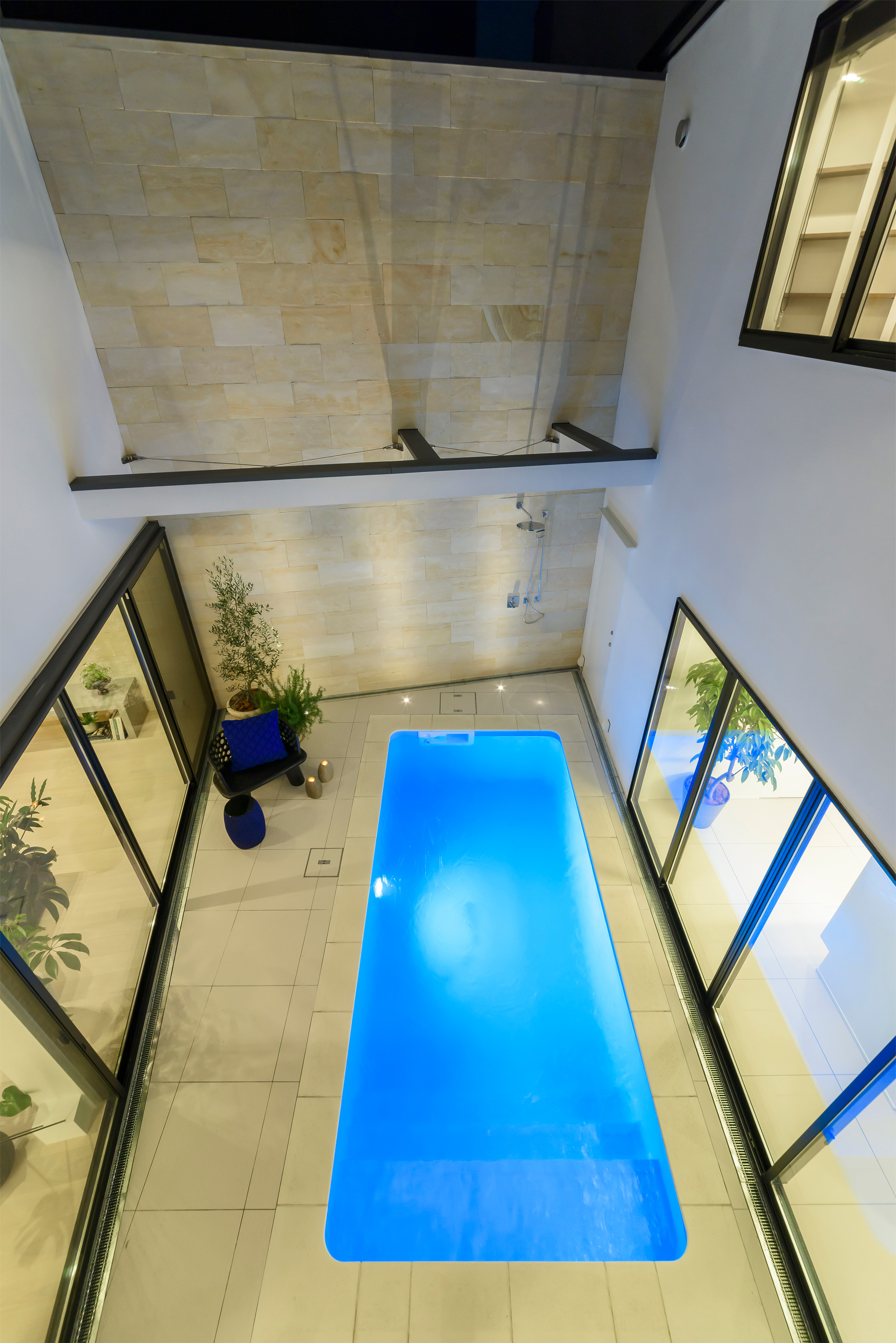 CH5 Pool house photo7